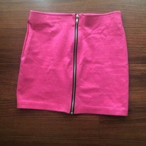 🌲🎁Barbie pink mini skirt with zipper